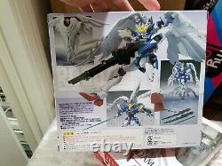 Bandai Robot Spirits Wing Gundam Zero R-number 95 Action Figure Nouvelle