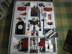 Clover Gundam DX Chogokin Gattai Set Rx-78 Costume Mobile Du Japon Utilisé