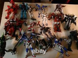 Huge Vintage Bandai, Gundam Modèle D'action Figure Parts Lot Robots Voir Des Photos