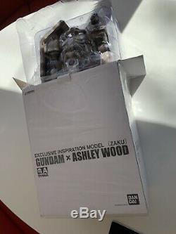Threea Ashley Wood Bandai 1/6 Gundam Zaku Énorme Mib Wwr Mint Robot Avec L'affiche